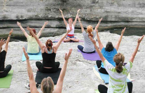 שיעור יוגה – כך תפיקו מכל שיעור את המירב